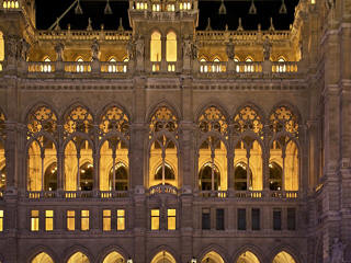 Vienna City Hall by night